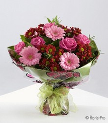 Red and pink bouquet with gerberas, chrysanthemums and roses