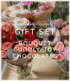 Bouquet Chocolates and Teddy